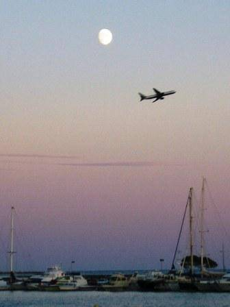 Lune Avion Bâteau Arbre...photo