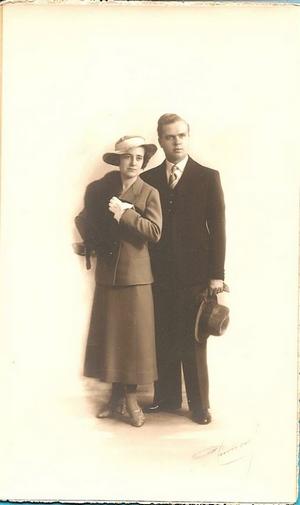 Maman et papa de Yves 300.jpg
