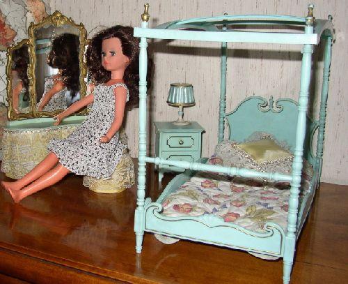 Corinne dans sa chambre 2 / 2nd part