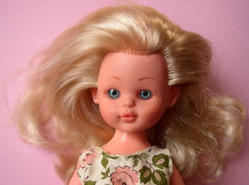 Corinette3 : ma poupée / my doll