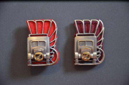 Insignes de poitrine des compagnies de transport et de ravitaillement