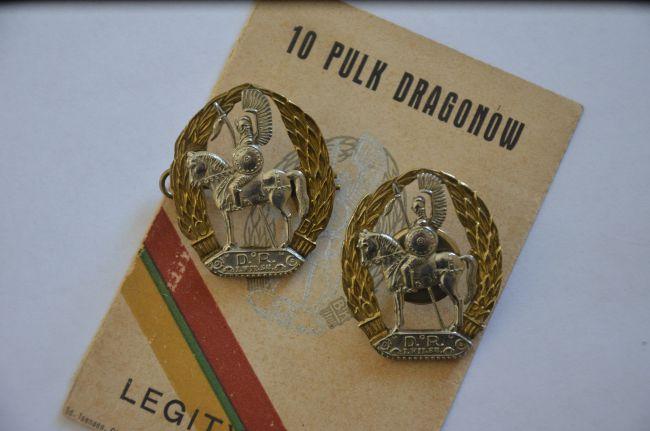Insignes régimentaires de poitrine du 10ème régiment de Dragons