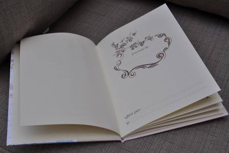 livre de bébé - L'ART ET CREATION web (4).JPG