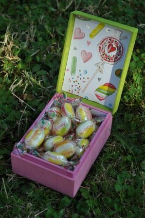 boîte bouiilon bonbon l'ART ET CREATION - WEB (2).JPG