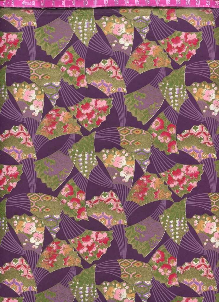 eventail fond violet.jpg