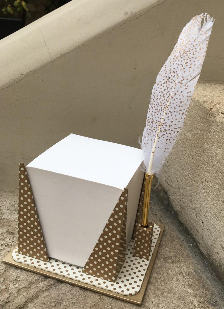 cube porte plume (1).JPG