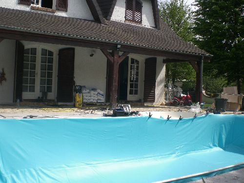 Photos piscine waterair gazon rouleau arrosage automatique for Liner piscine en rouleau
