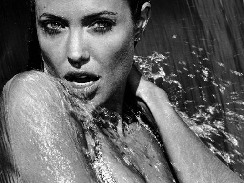 Angelina Jolie See Nue Videos