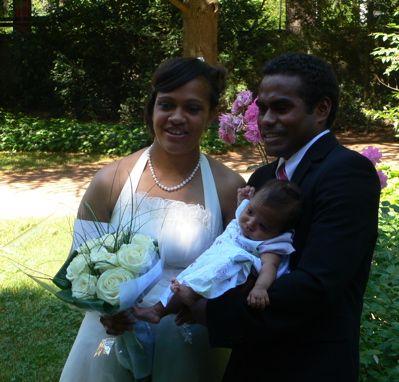 Abigaël, Odette et Fredy: une belle famille !