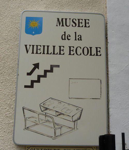 Musée de la vieille école aux Valayans