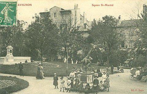Square Saint-Martial à Avignon