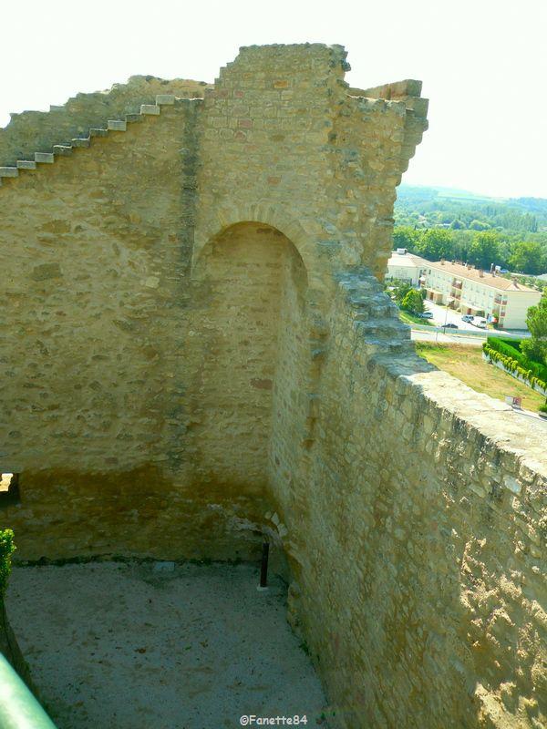 Remparts de Courthézon