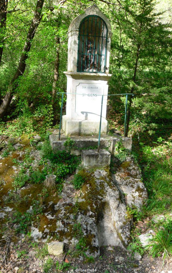 Lit de St Gens dans la pierre