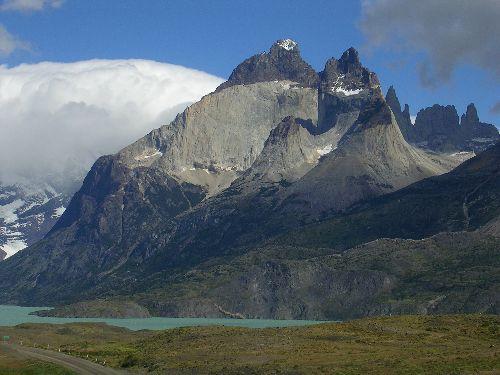 Los Cuernos bordées du lago Nordenskhold, magnifique rouleau nébuleux par effet de foehn