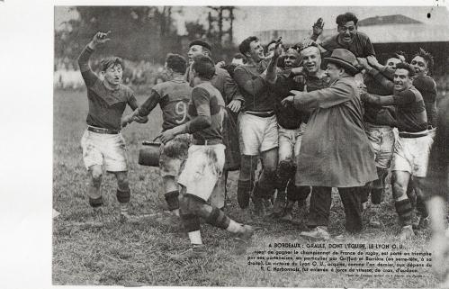 LOU Champion de France 1933.jpg