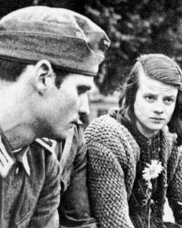 Hans et Sophie Scholl.jpg