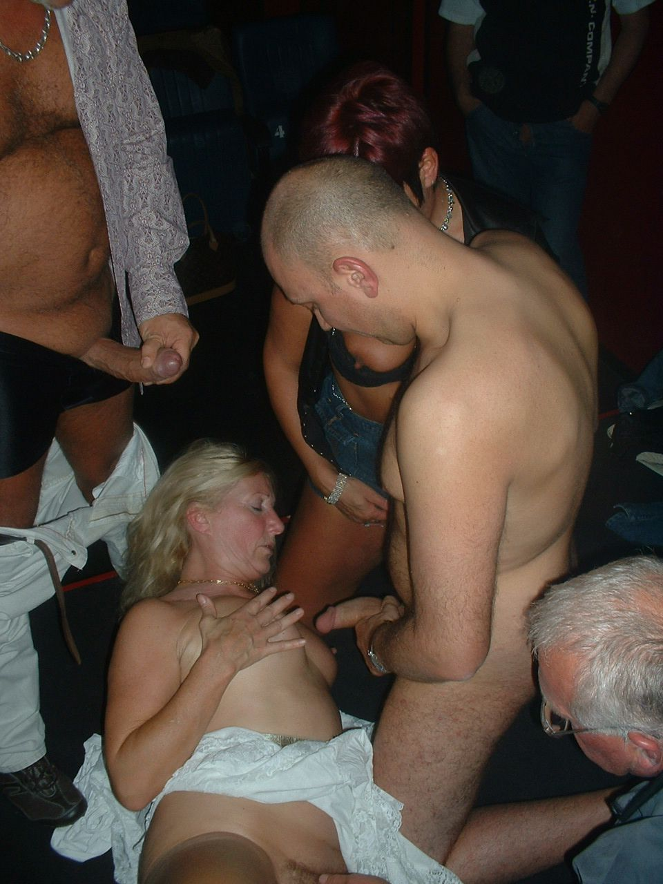 douche massage slavernij in Maastricht