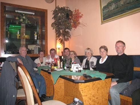 Famille et amis r&eacute;unis &agrave; Brno