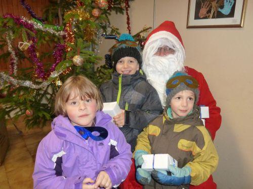 Père Noël et enfants