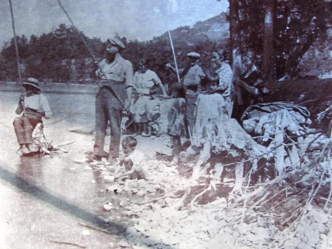Pêche en été au lac de Laffrey années 20_R.jpg