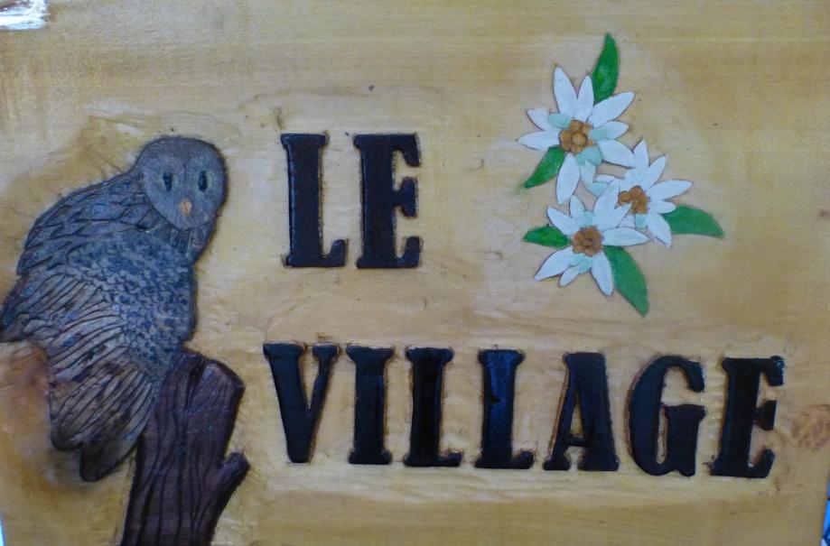 Panneau le village-all.jpg