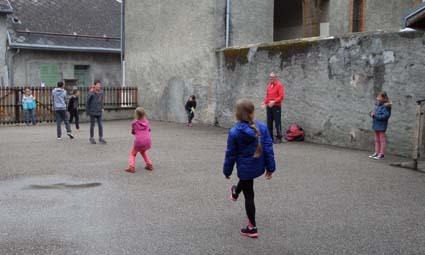 Act frisbee-Hubert (3All).jpg