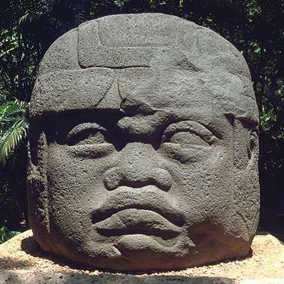 venta-tete-olmeque-sculptee.jpg
