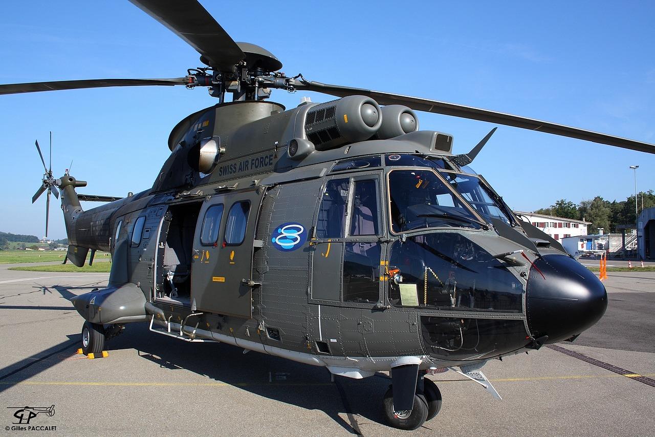 5148-T-318_Aerospatiale_AS332M1_Super-Puma_cn2340_Armee-Suisse-0847-0847.JPG