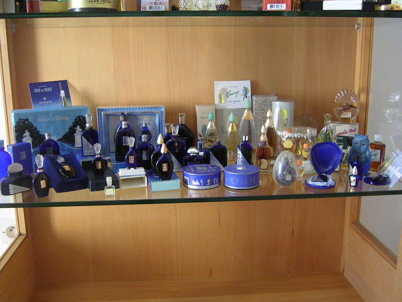 ma collection bourjois ma collection de miniatures de parfum. Black Bedroom Furniture Sets. Home Design Ideas