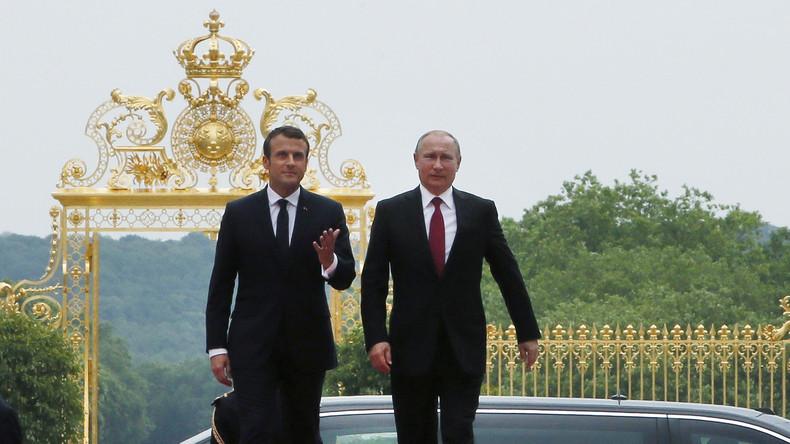 Poutine- Macron.jpg