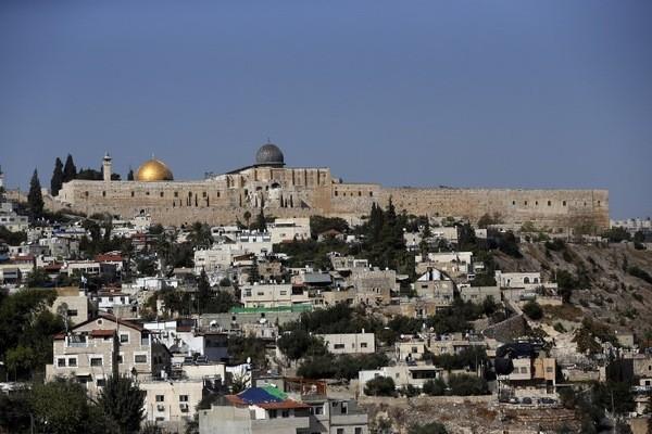 Jerusalem-avec-Dome-Rocher.jpg