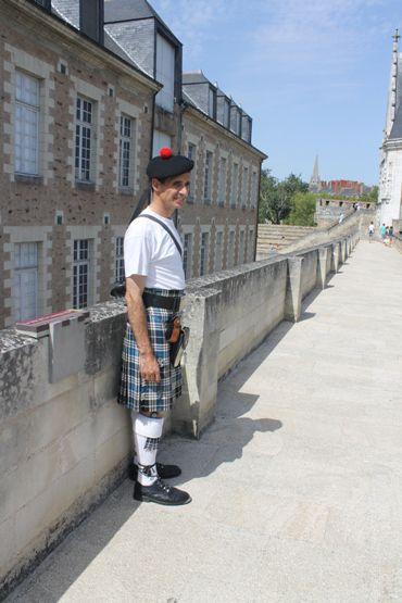 Reun JEZEGOU sur les remparts du Château des Ducs de Bretagne