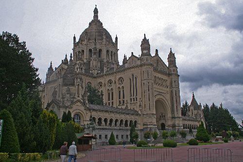 Basilique Sainte-Thérèse de Lisieux (14)