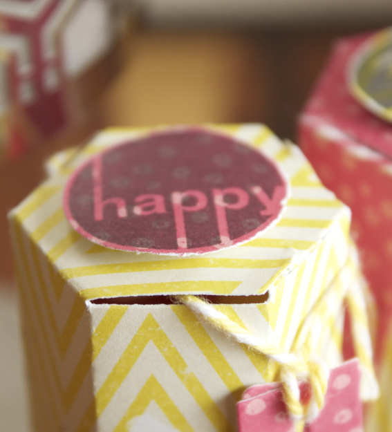 boîte à bonbons détail1sc mars-avril.jpg