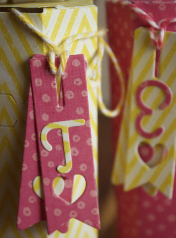 boîte à bonbons détail2 sc mars- avril.jpg