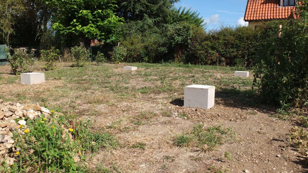 Design abri jardin sur parpaing avignon 3611 pondeuse for Prix une maison a construire