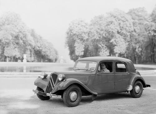 11 B 1953.jpg