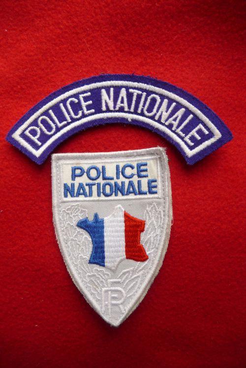 Les artificiers d mineurs de la police nationale for Police nationale lille