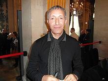 Azouz_Begag_(20e_Maghreb_des_Livres_Paris_8_février_2014).jpg