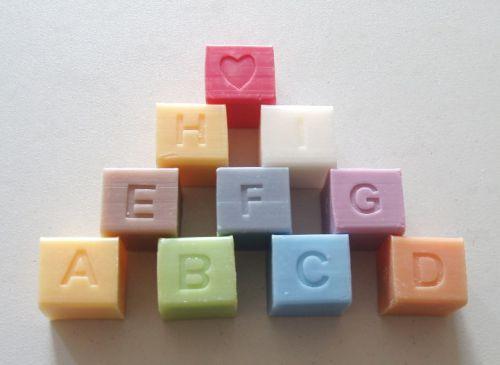 lettre cubes savon