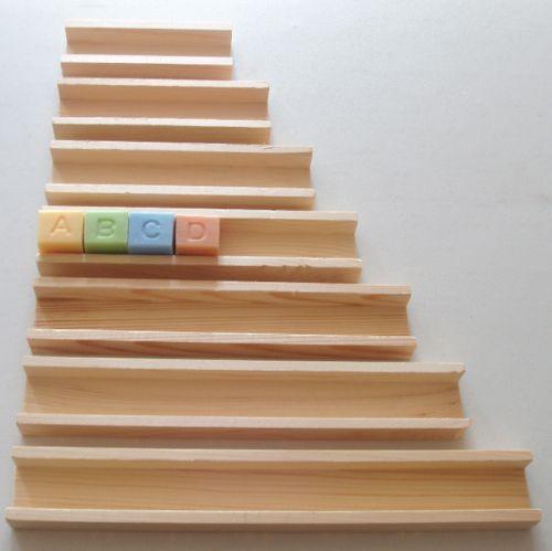 racks bois pour lettres cubes