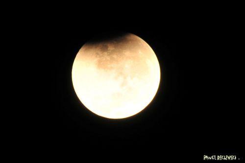début éclipse de lune 2010 21 dec  PR