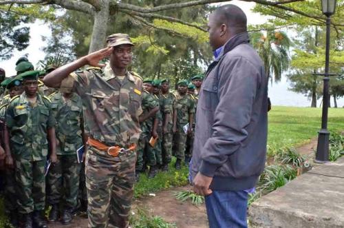Colonel Mamadou Ndala et Joseph Kabila.jpg