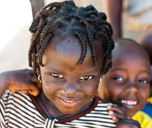 Amour Maternel du Monde Africain