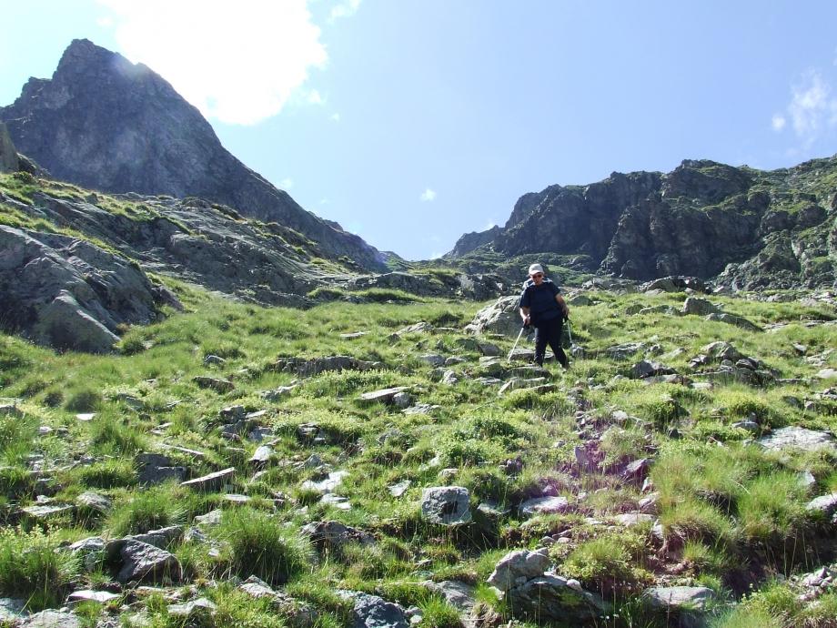 Dans la descente du Col de Fontfroide - Haute route du Vieux Chaillol - 25.07.07.JPG