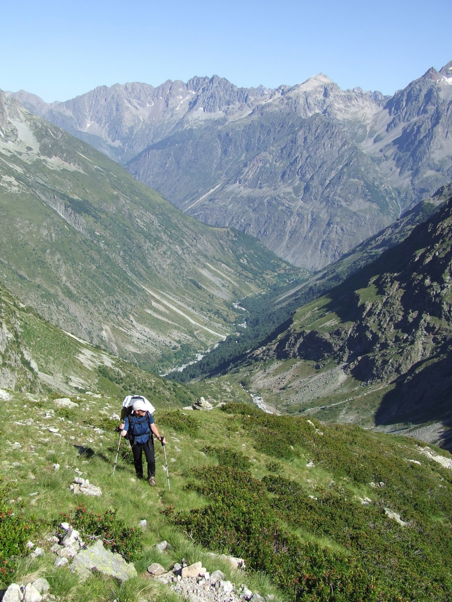 Muriel dans la rude montée vers le Col de Val Estrèche  -  Haute route du Vieux Chaillol - 26.07.07 - 4.JPG