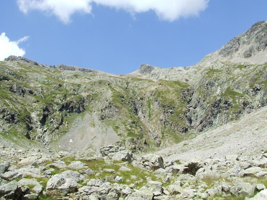 Le Col de Val Estrèche depuis le vallon homonyme -  Haute route du Vieux Chaillol - 26.07.07.JPG