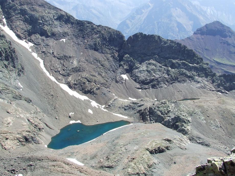 En montant au Vieux Chaillol vue sur ce qu'il reste aujourd'hui du Glacier de Malcros - Haute route du Vieux Chaillol - 27.07.07.JPG
