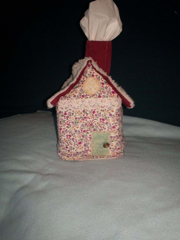 Petite maison bo te mouchoirs boutis patchwork - Boite a mouchoirs maison ...
