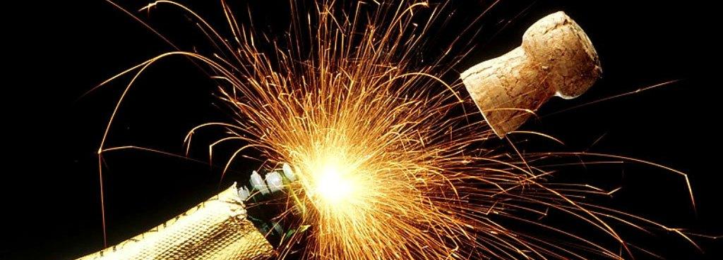 http://static.blog4ever.com/2012/01/636008/sparkling_champagne_holidays.jpg
